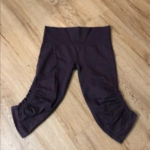 Lululemon Cropped Leggings 6